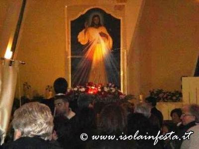 licona-rientrata-in-chiesa