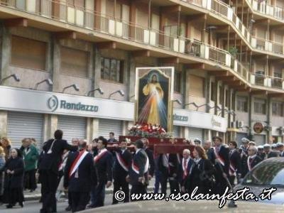 primo-piano-della-procesione