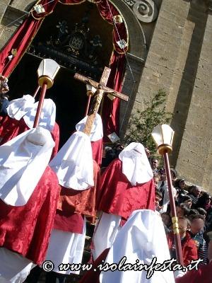 159-le-croci-rivolte-verso-il-santissimo