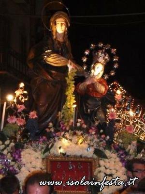 14-in-processione