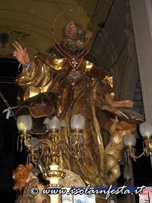 02-la-statua-prima-delluscita-serale