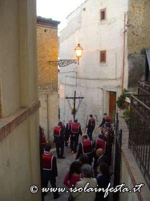 14-_la_processione_per_le_strade