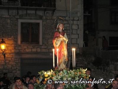 11-processione