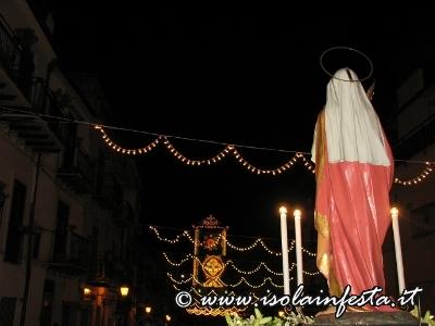 14-processione