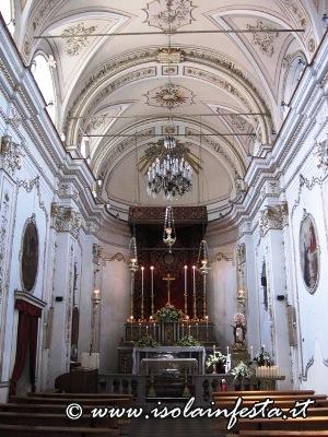 a4-linterno-della-chiesa