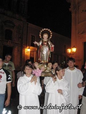d1-partenza-della-processione-per-la-chiesa-del-ss-mo-sacramento