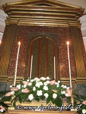 2-vigilia-altare