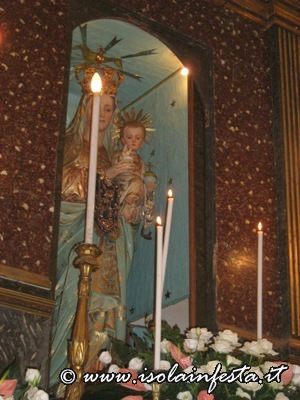 4-vigilia-svelata-del-simulacro-della-madonna