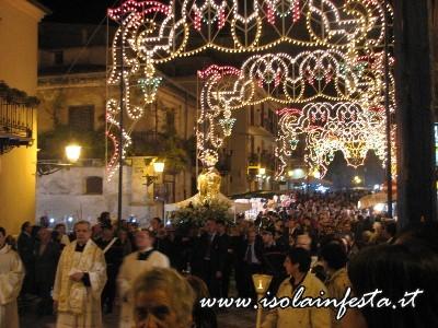 14-la-processione-in-largo-nazareno
