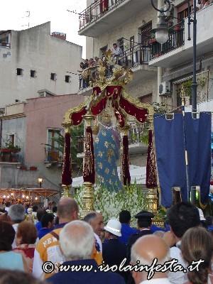 51-la-processione-sul-lungomare