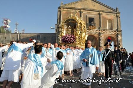 23-lnizio-della-processione