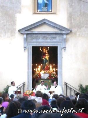 2-un-momento-della-santa-messa