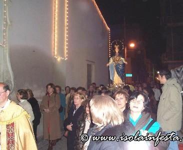7-la-madonna-arriva-davanti-alla-chiesa-madre-san-giuseppe
