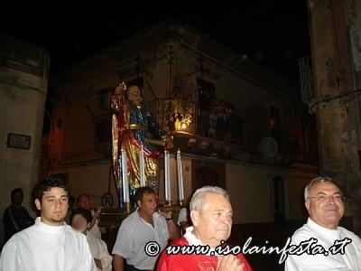 08-la-processione-a-spalla