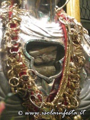 17-primo-piano-delle-reliquie-della-santa