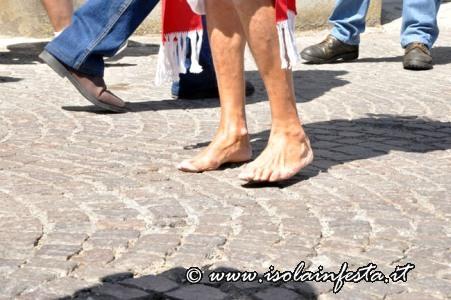 129-i-piedi-scalzi-del-devoto-di-cassibile