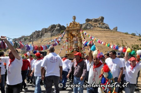 163-la-processione-riprende-per-san-leonardo