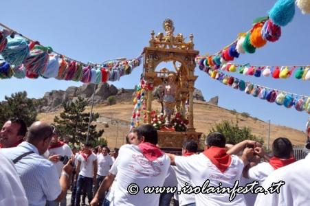 165-la-processione-riprende-per-san-leonardo