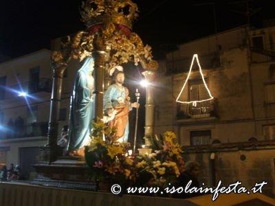 sacrafamiglia2011-mineo-4