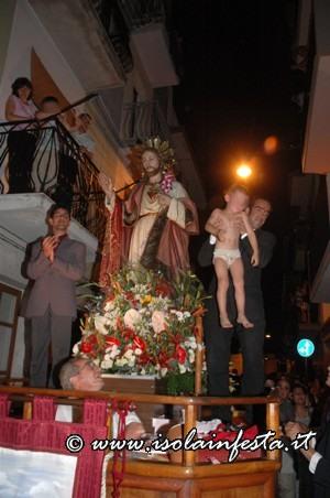 27-processione